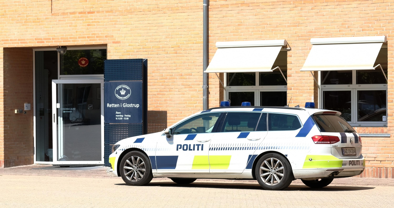 Fundet af en mistænkelig genstand under en parkeret bil lørdag den 16. januar afstedkom en omfattende politiaktion ved Gyngemose Parkvej.     Fo...