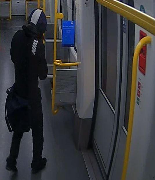 Denne mand efterlyses af politiet.