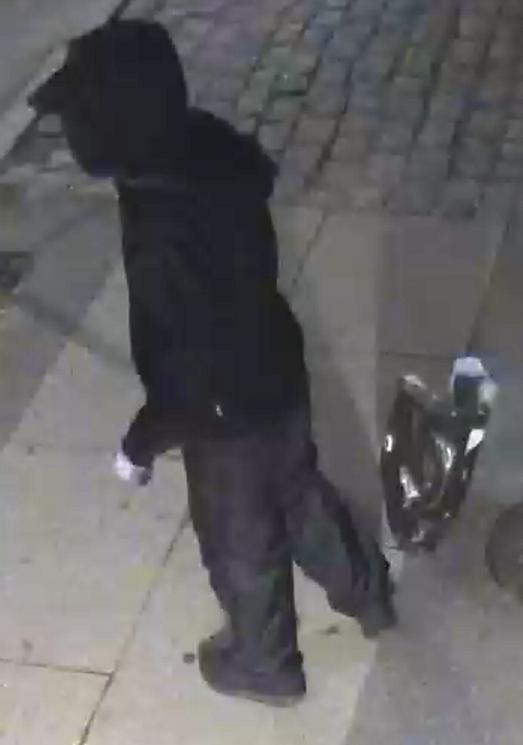 Efterlysning ifm. eksplosion på Hermodsgade