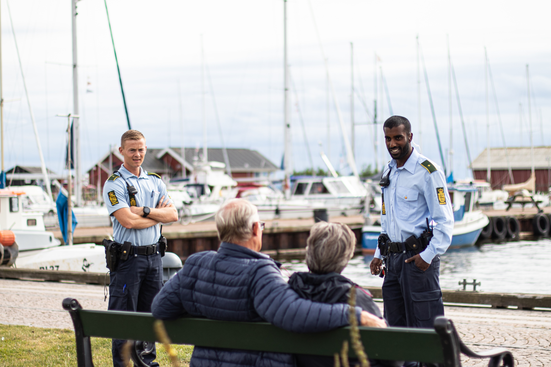 Midt- og Vestjyllands Politis nuværende coverbillede på Facebook