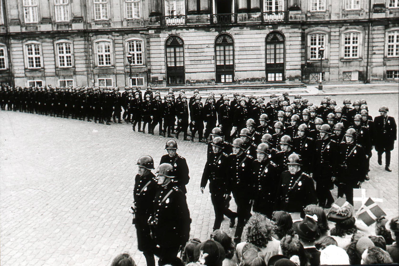 Armbind og uniformer - amalienborgvagten